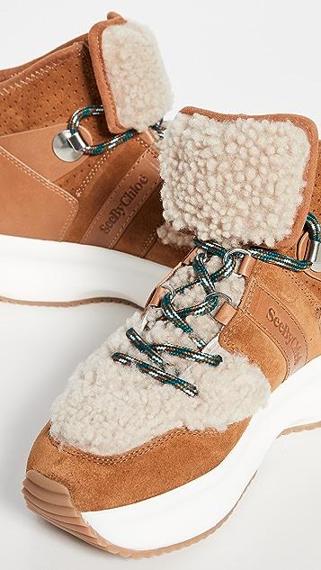 See by Chloé Casey 连毛羊皮运动鞋