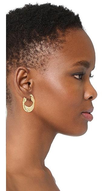 Soave Oro 抛光扭褶圈式耳环