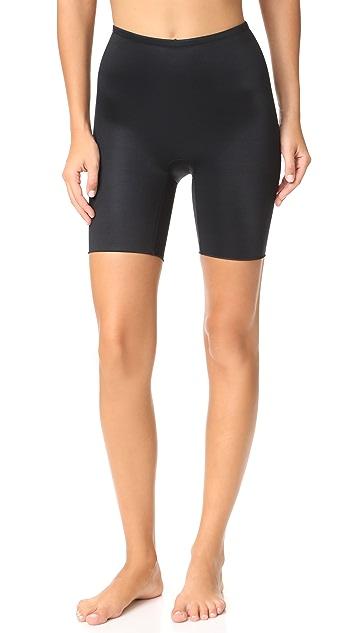 SPANX Power Conceal‑Her 长至大腿中部的短裤