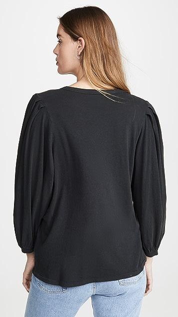 THE GREAT.  褶皱袖 T 恤