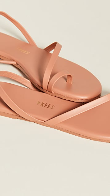 TKEES 趾环凉鞋