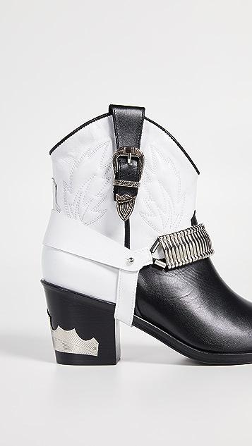 Toga Pulla 西部靴款