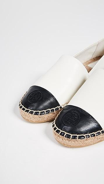 Tory Burch 拼色平底帆布鞋