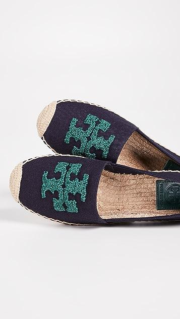 Tory Burch Elisa 徽标平底帆布便鞋