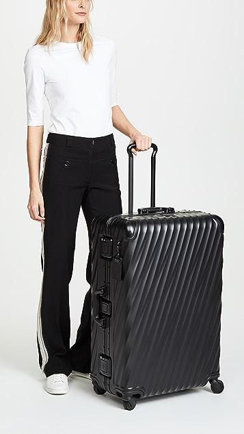 Tumi Tumi 19 Degree 铝制长途旅行行李箱