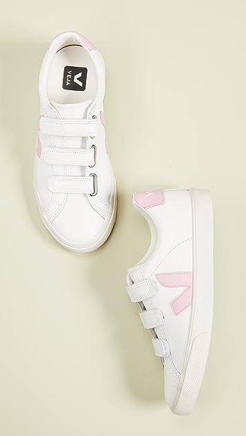 Veja 3-Lock 徽标运动鞋