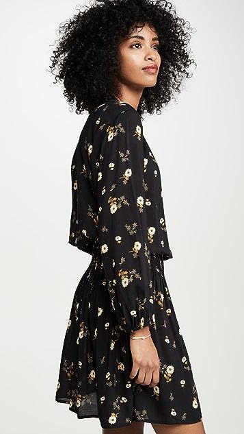 天鹅绒 Leslie 连衣裙