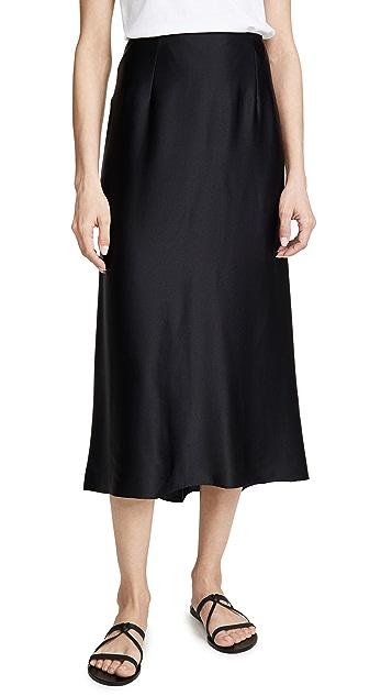 Vince 时尚缎面半身裙
