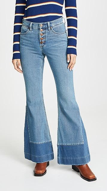 Wrangler 高腰喇叭牛仔裤