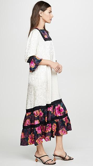 Warm Frida 连衣裙