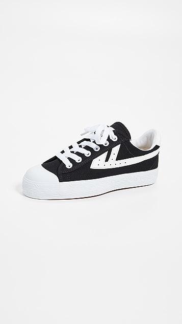 WOS33 经典运动鞋