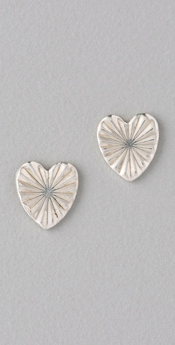 Bing Bang Tiny Heart Stud Earrings