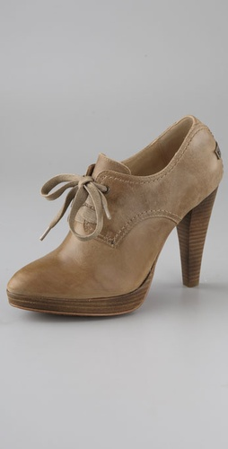 Frye Harlow Oxford Pumps