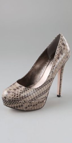Pelle Moda Han Platform Pumps