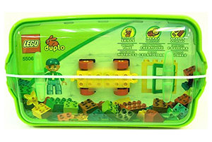 Features 1 DUPLO figure, a wagon base, a window, a building plate, and a lot of basic bricks.