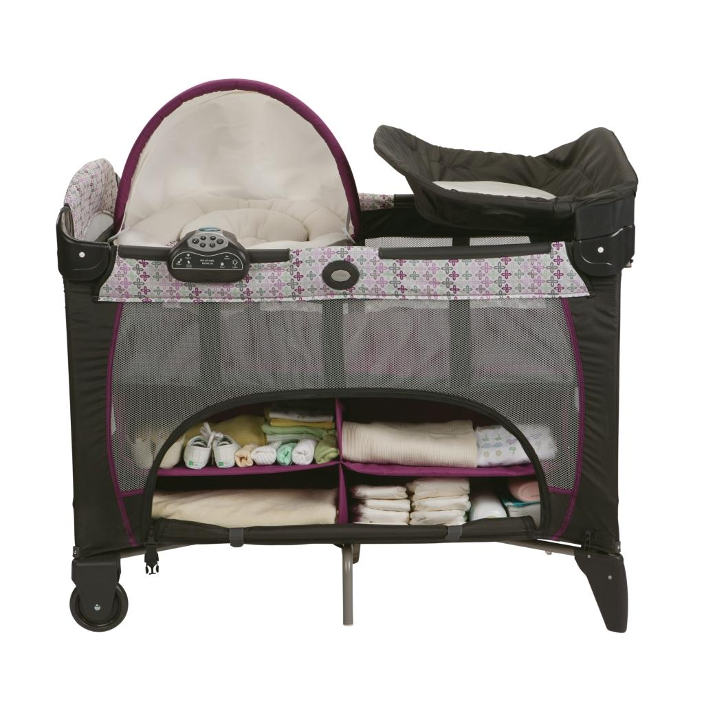 New And Sealed Graco Pack N Play Playard With Newborn