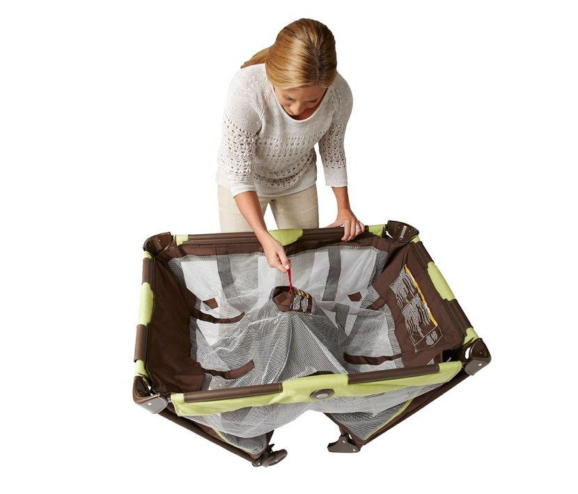 Graco Pack N Play On The Go Travel Playard Little Ad