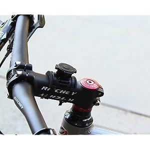 Details further Watch also Wahoo Rflkt furthermore CC GL10 in addition Garmin Edge 520 Gps Bike  puter 3563875. on gps bike computer strava