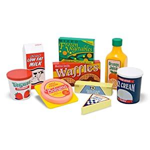 pretend play, kitchen, restaurant, grocery store, groceries, nutrition, toy for 3 year old, house