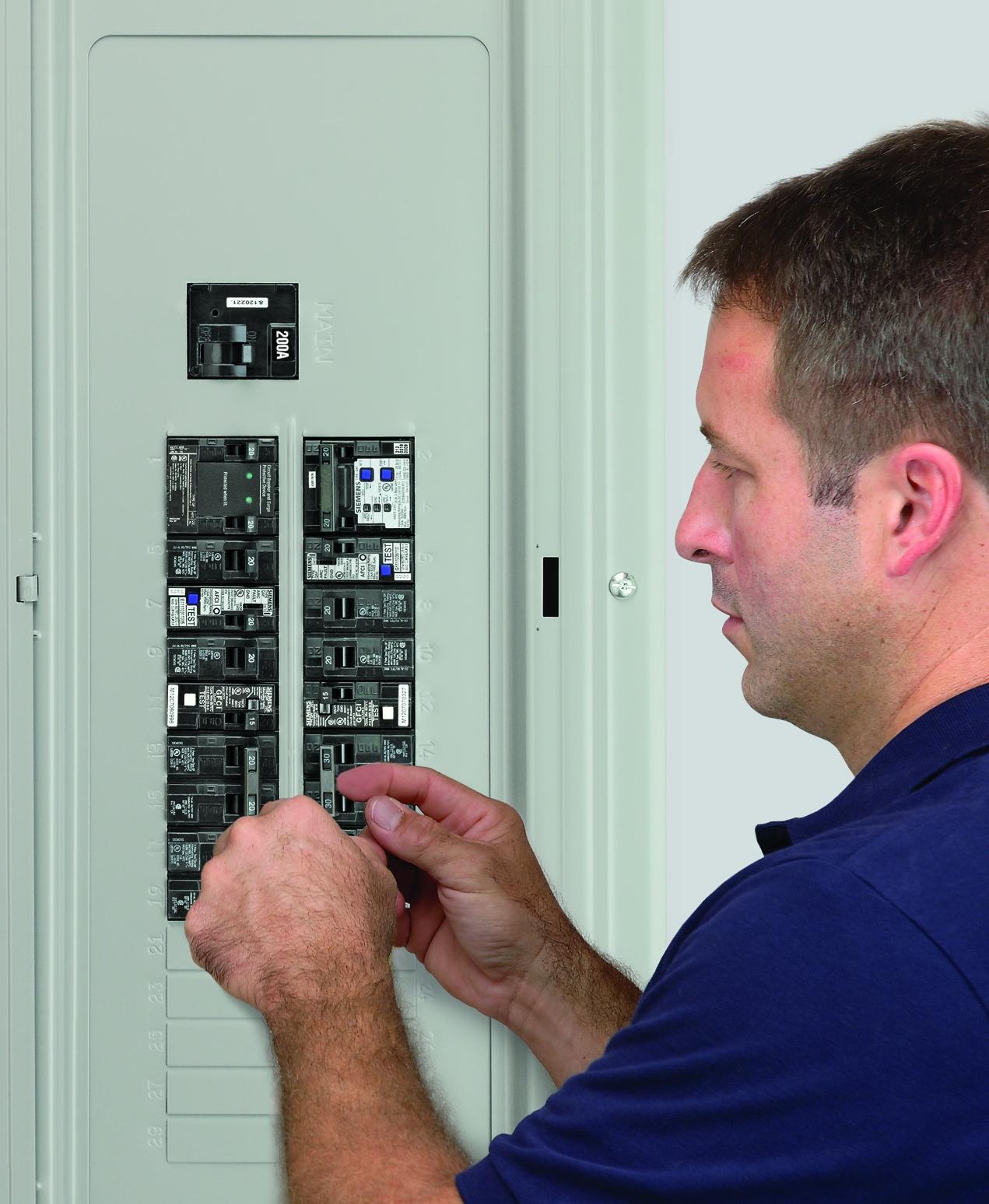 Siemens QA115AFC 15-Amp Single Pole 120-volt Plug-On