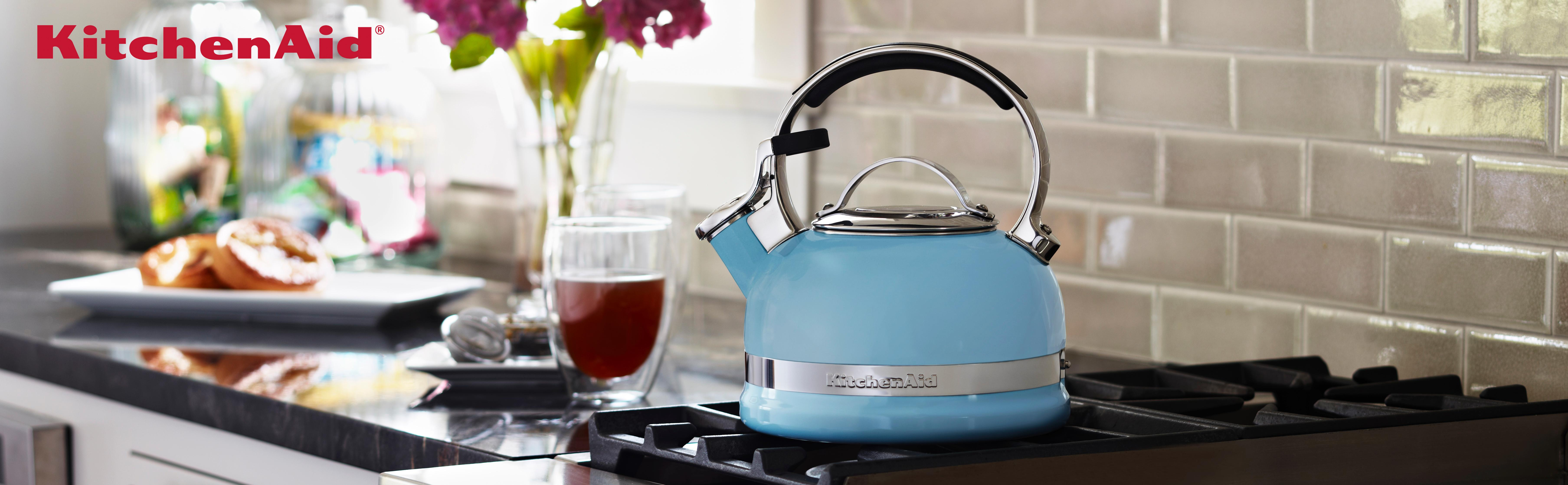 how to make tea in a tea kettle