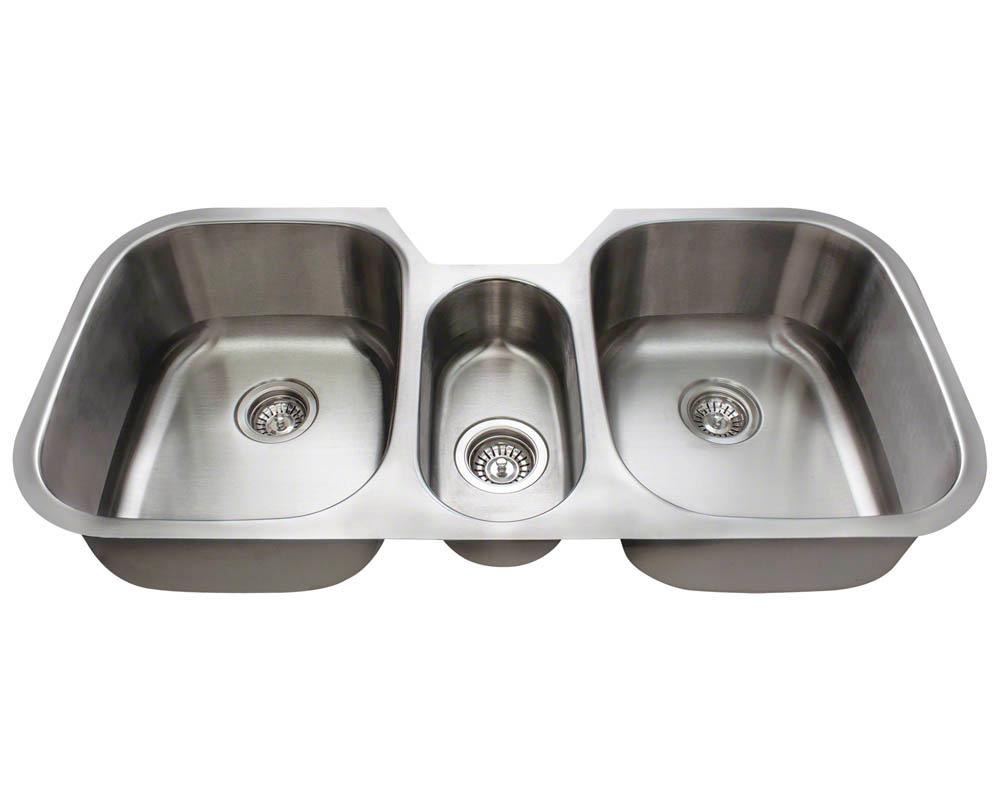 3 Bowl Kitchen Sink : MR Direct 4521-16 Triple Bowl Stainless Steel Kitchen Sink, Brushed ...
