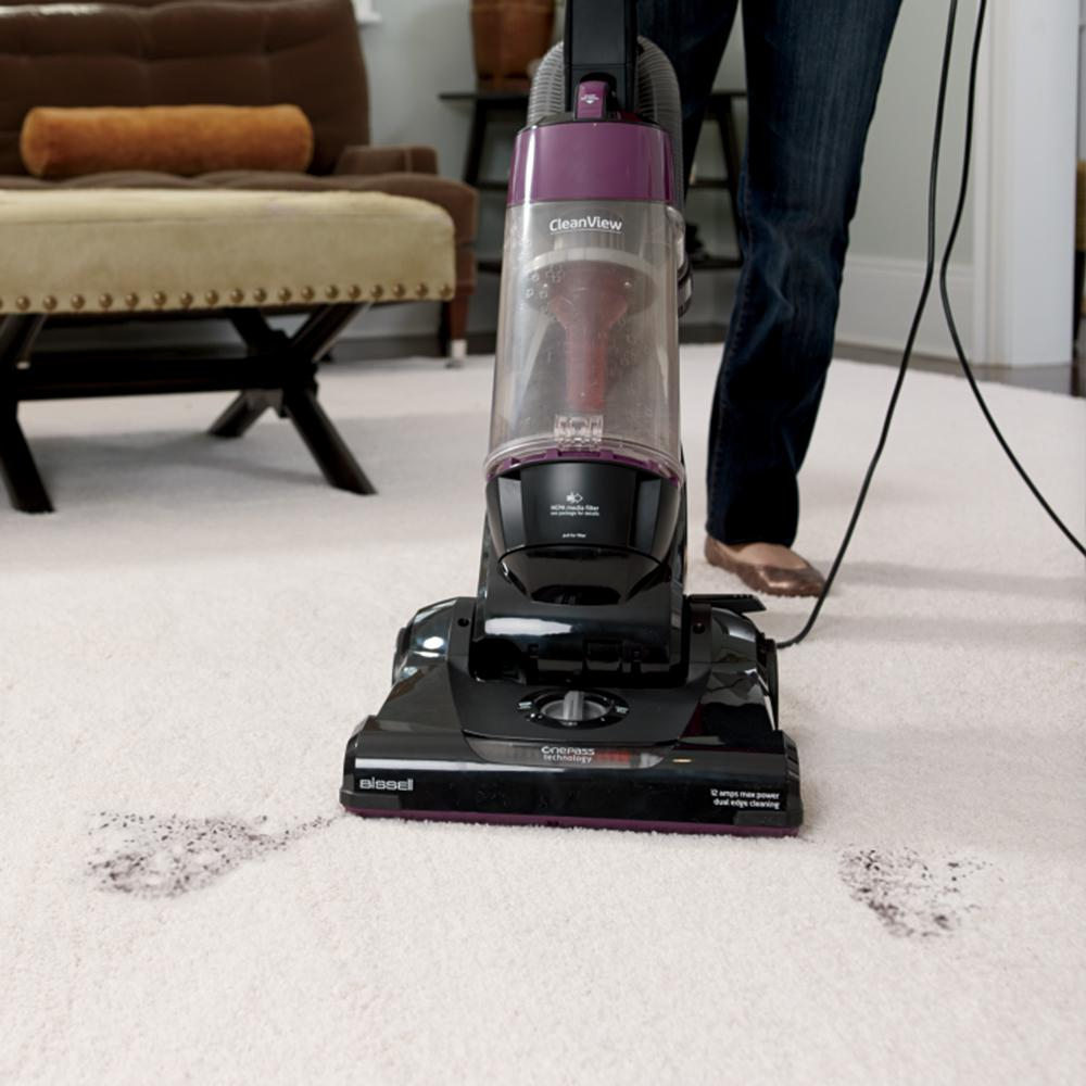 The BISSELL CleanView 9595A comes with OnePass technology and is highly effective at removing pet hair.