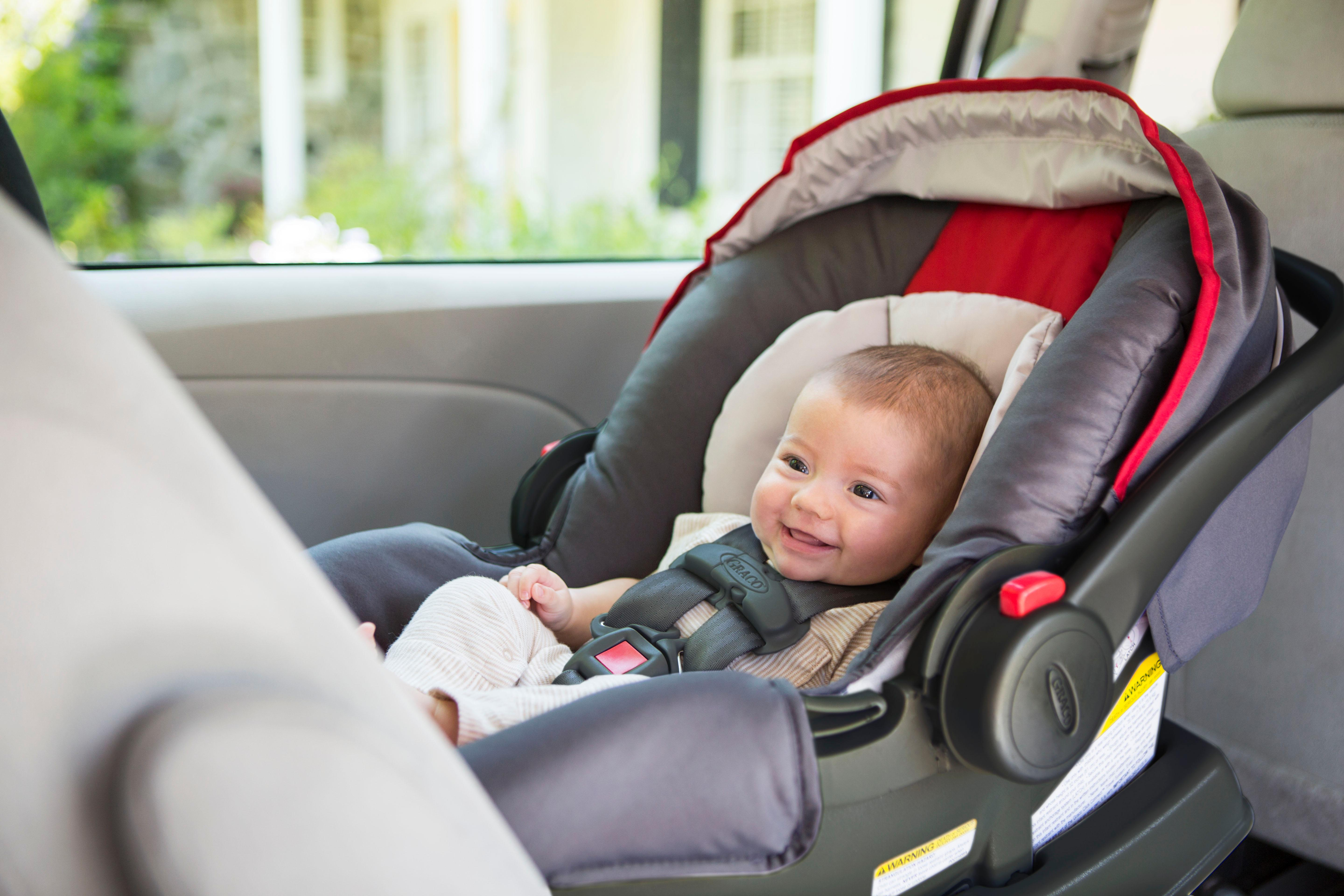 infant car seat how to install it rear facing with latch. Black Bedroom Furniture Sets. Home Design Ideas