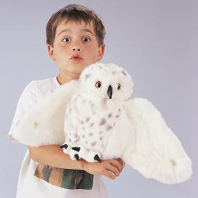 Imaginative play with the Folkmanis Snowy Owl