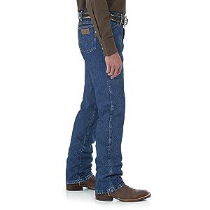 Wrangler Slim Fit