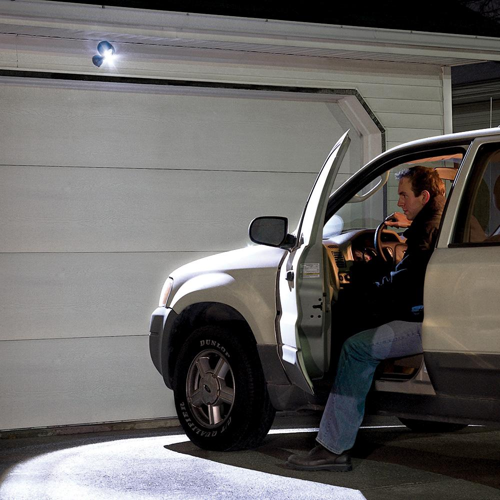 Garage Door Sensor Lights Off: Mr Beams MB360 Wireless LED Spotlight With Motion Sensor