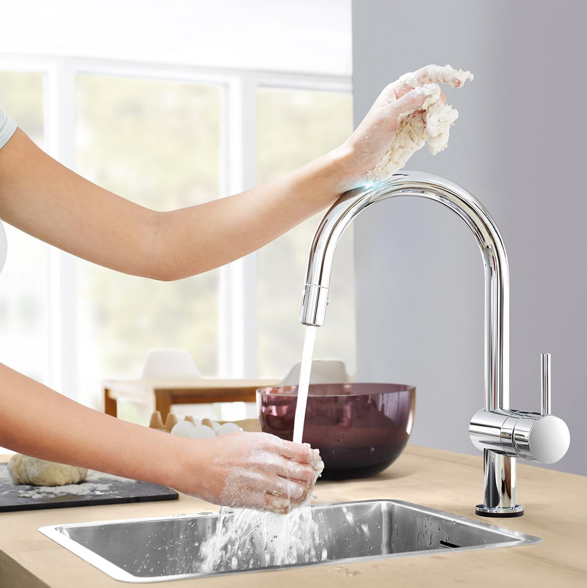 Amazon Com Grohe 31359000 Minta Touch Pull Down Spray