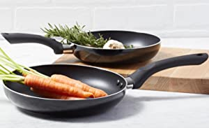AmazonBasics 2-Piece Nonstick Cookware Set