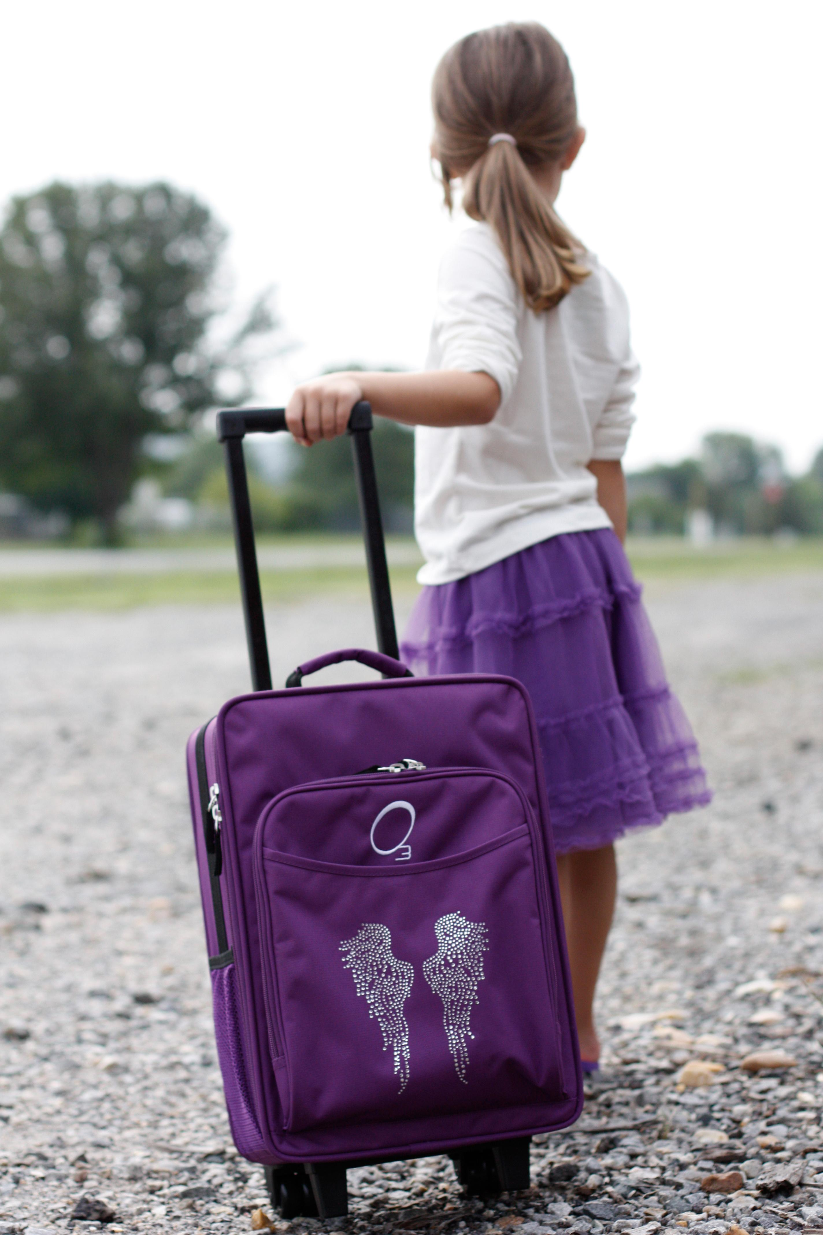 Childrens Luggage Rolling
