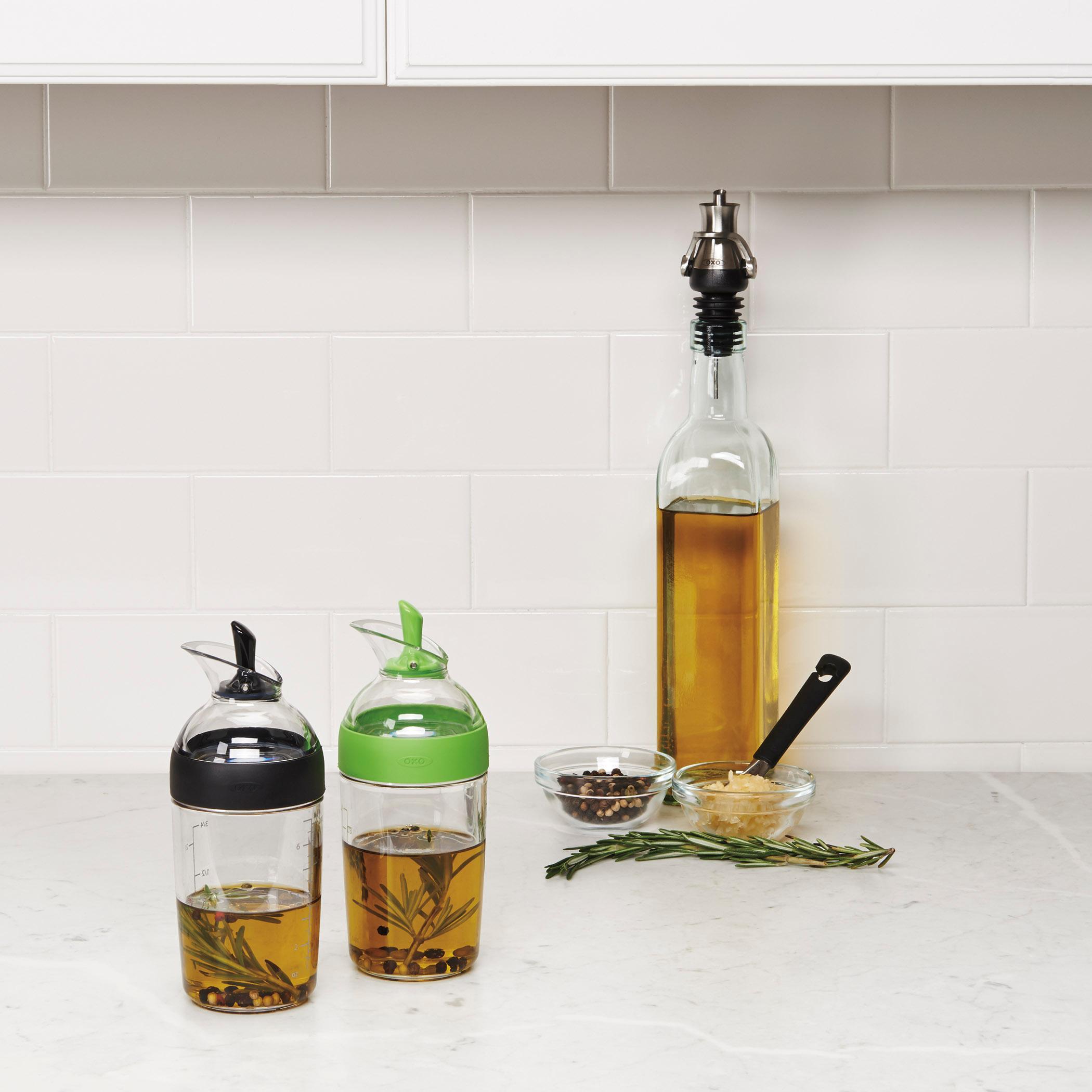 oxo good grips salad dressing shaker black dressing cruet kitchen dining. Black Bedroom Furniture Sets. Home Design Ideas