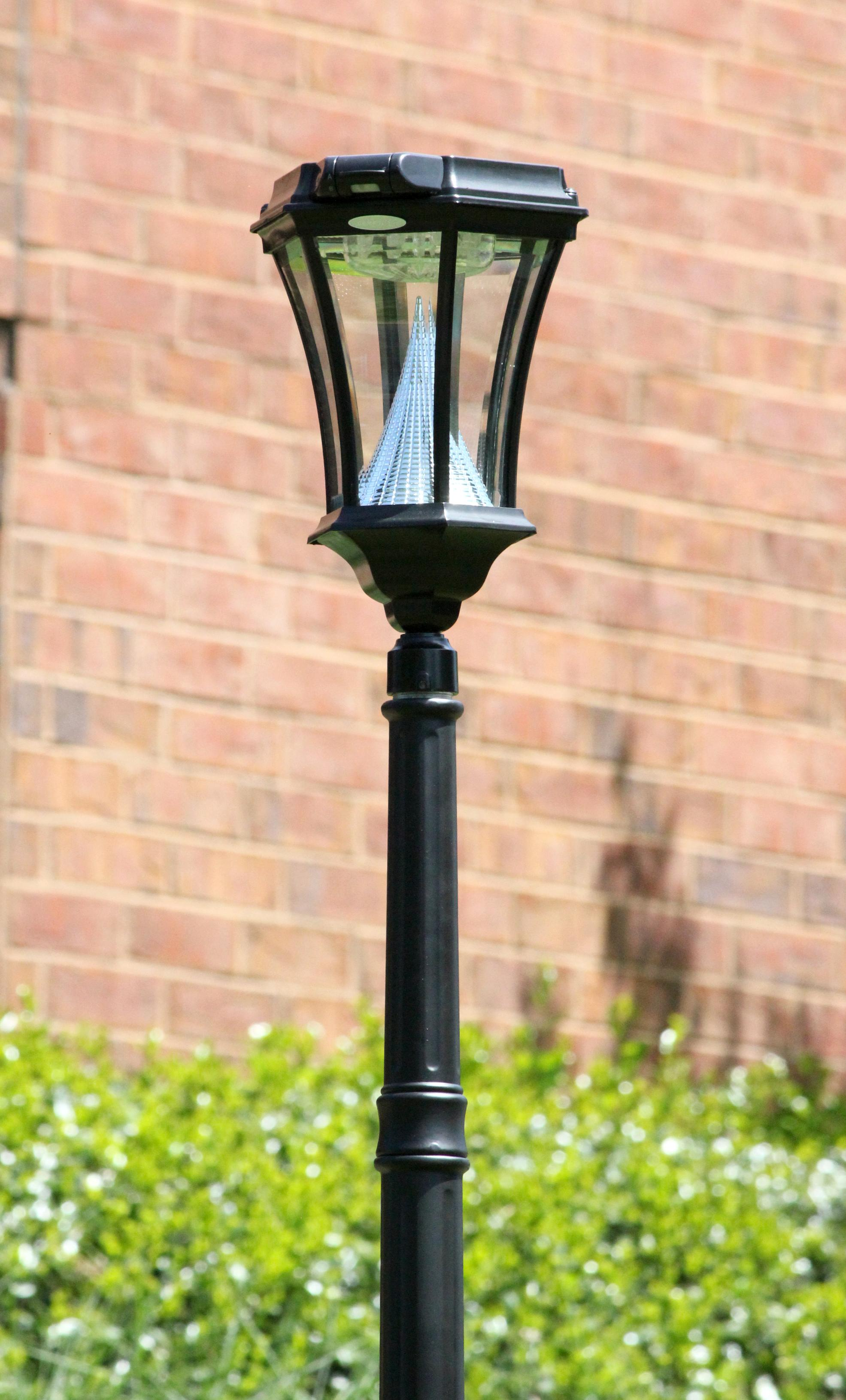 Amazon.com : Gama Sonic Victorian Solar Lamp Post and