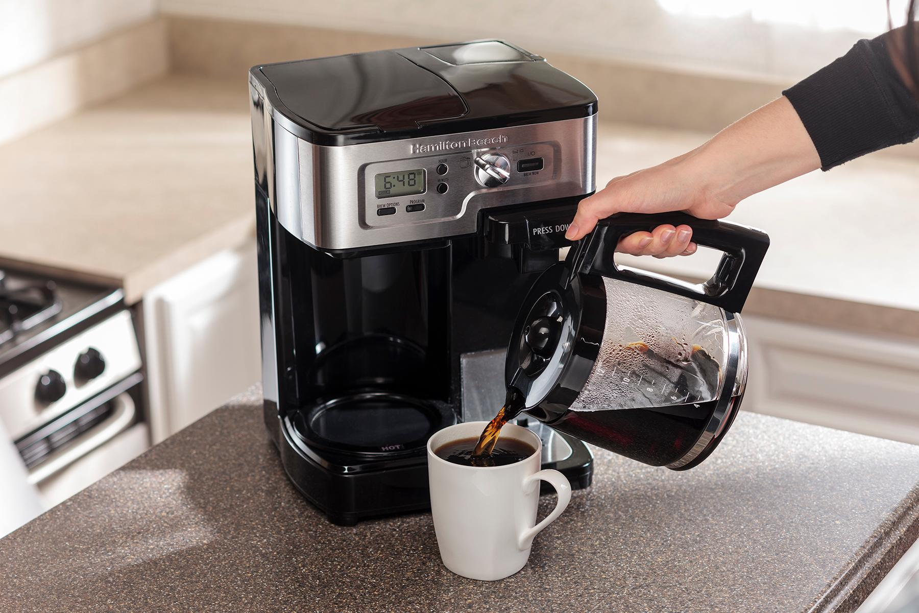 Amazon.com: Hamilton Beach Single Serve Coffee Brewer and Full Pot Coffee Maker, FlexBrew ...