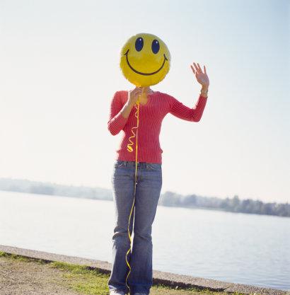 a0218-000016_-_woman_with_balloon.jpg
