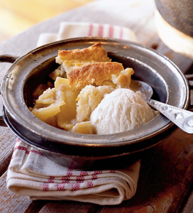 Cast-Iron Apple Cobbler