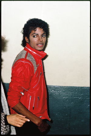 Entrevista de Q& A con Todd Gray, autor del libro Michael Jackson: Antes de ser rey 098-300