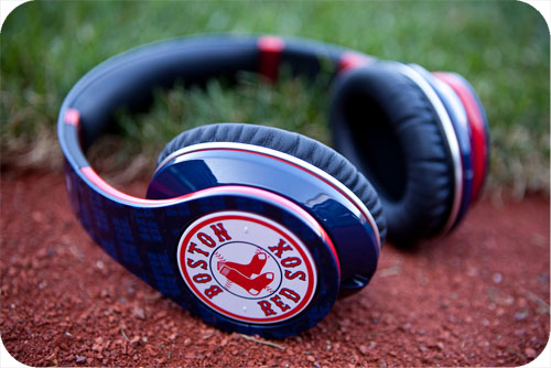Tai nghe Beats By Dr. Dre Studio High-Definition Red Sox Over-the-Ear Headphones