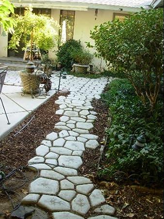 Concrete stamp diy quikrete walk maker patio courtyard for Walk maker ideas