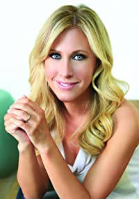 Image of Emily Giffin