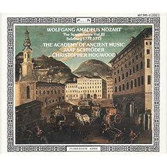 Mozart : les symphonies 702b7220eca0ba8c89ae6010._AA240_.L