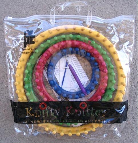 Knifty Knitter Looms & Pattern Books - The Knifty Knitter
