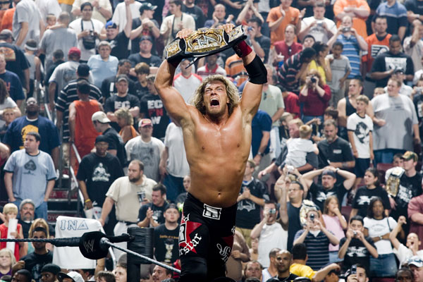 اكبر مكتبه صور المصارع ايدج WWE-Edge-_2_L