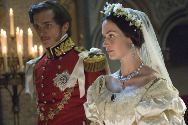 Amazon.com: The Young Victoria: Emily Blunt, Rupert Friend: Movies