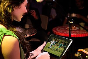 http://g-ecx.images-amazon.com/images/G/01/electronics/camcorders/sony/B006K551LM/DI_Bloggie_Live_soccer_mom_watching_1130._V141896836_.jpg