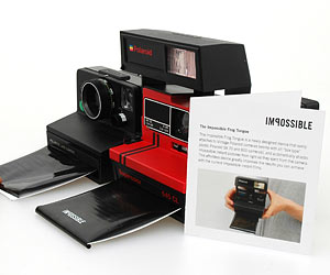 600 camera with frogtongue