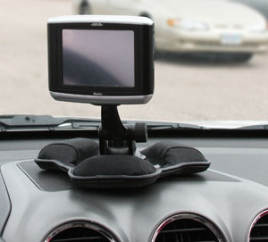 Non-slip surface keeps GPS in place